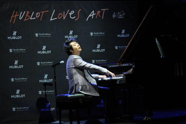 Svetoznámy čínsky klavírny virtuóz Lang Lang.