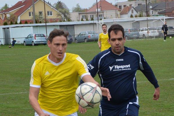 Tibor Zachar (vľavo) strelil v zápase dva góly.