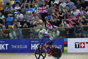Z triumfu v bodovacích pretekoch na MS v dráhovej cyklistike sa tešila britská reprezentantka Elinor Barkerová.