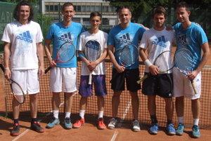 Zľava: Matej Baliak, Peter Pištek, Matouš Vitásek, Miloš Herman, Daniel Vala, Martin Pištek.