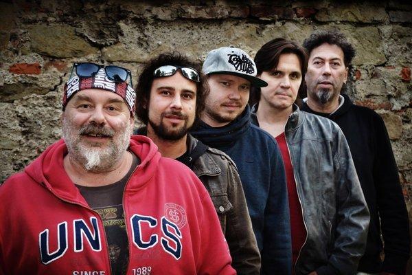 Trnavčania sa môžu tešiť na kapelu Fleret. Na snímke nová zostava z roku 2016.