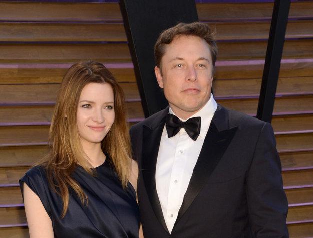 Elon Musk s bývalou manželkou Talulah RIley, rozviedli sa koncom roka 2014