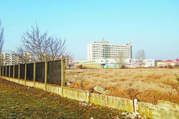 Bytová výstavba by sa mala spustiť už onedlho na tomto mieste.