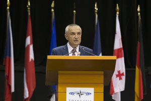 Albánsko má nového prezidenta. Parlament do funkcie zvolil svojho predsedu