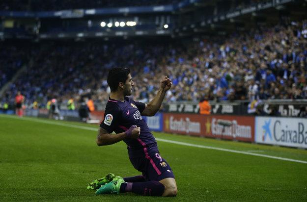 Luis Suarez pomohol Barcelone k triumfu dvoma gólmi.