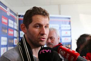 Ján Lašák je na pochybách, či má Slovensko v útoku hráčov, ktorí dokážu rozhodovať ťažké zápasy.