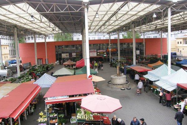 Mestská tržnica bude pod dohľadom kamier.