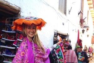 Hoci po Južnej Amerikce cestovala sama, nových priateľov si dokázala Natália Pavlovičová rýchlo nájsť všade - aj v mestečku Cusco pod Machu Picchu.