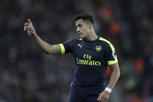Alexis Sanchez strelil prvý gól zápasu, ktorý bol zároveň víťazným zásahom.