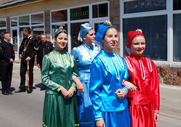 Banícke tradície udržiavajú aj folkloristi.