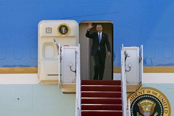 Obama bol v Afganistane neohlásene. Sprevádzal ho aj americký špión.