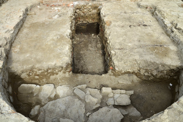 Nález zvyškov stredovekého kostola.