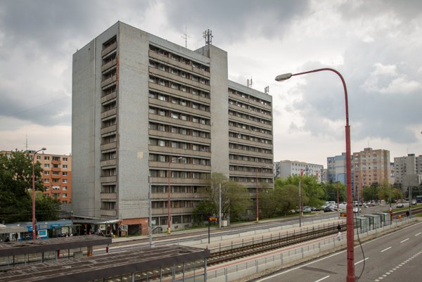 Ubytovňa pre policajtov na Saratovskej ulici v Bratislave.