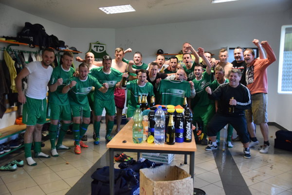 V kabíne TJ Spartak Vysoká nad Kysucou bolo po zápase veselo.