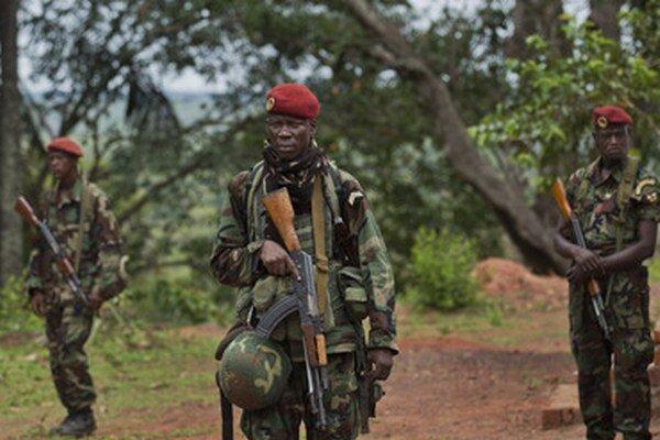 Stredoafrickou republikou zmietajú už takmer dva roky vlny nábožensky motivovaného násilia.