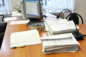 Súdne spisy k procesu s exprimátorom Trstenej na Okresnom súde v Námestove.