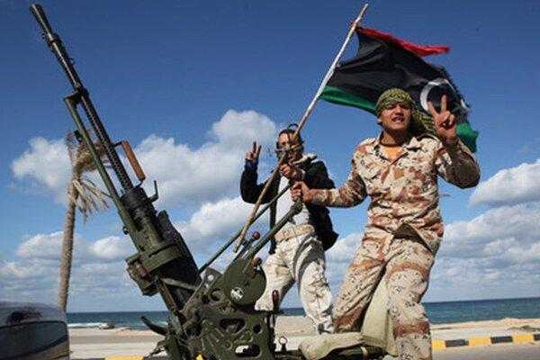 Líbyjskí militanti.
