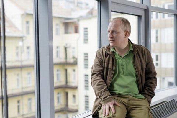 Politológ Gábor Tóka.