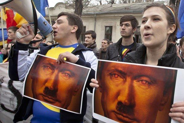 Protest proti ruskej politike prezidenta Vladimira Putina v Moldavsku.