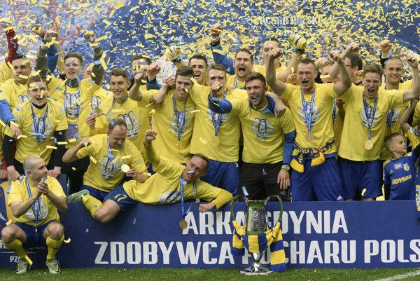 Neskôr sa do klubu vrátil v roku 2015. Za Arku odohral dovedna 96 stretnutí a strelil 3 góly. V tejto sezóne triumfoval v jej drese v Poľskom pohári.