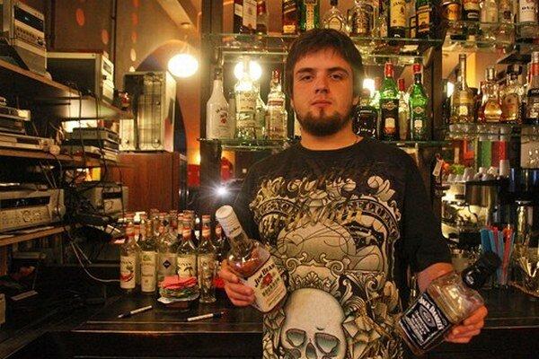 Bary v centre Prahy sa tešia na tržby dánskych študentov.