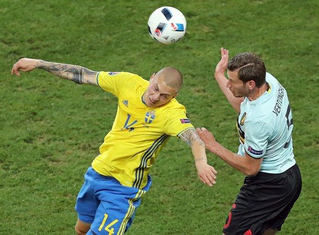 Minulý rok Lindelöf (vľavo) reprezentoval Švédsko aj na majstrovstvách Európy.
