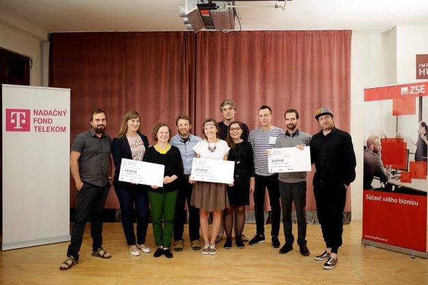 Víťazné a ocenené projekty: Pure Junk, Storyteller, Noša, Včelí kRaj