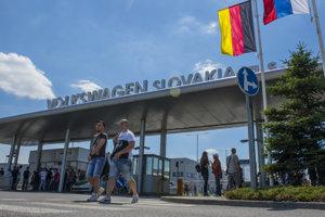 Štrajk v bratislavskom závode podľa odborárov podporuje väčšina zamestnancov.