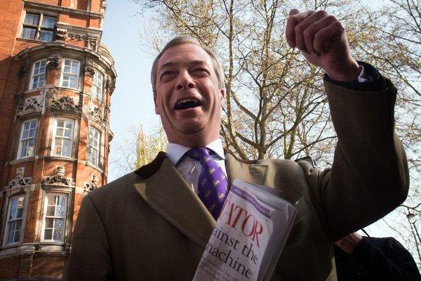 Nigel Farage je momentálne druhým najpopulárnejším politikom v krajine.