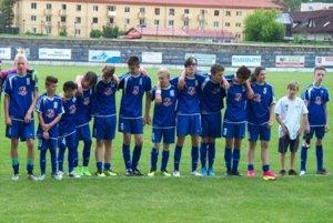 Víťazné družstvo turnaja ŠK Harichovce.