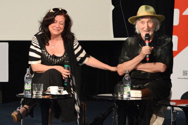 Režisérsky maestro Juraj Jakubisko s manželkou a producentkou Deanou Horváthovou.