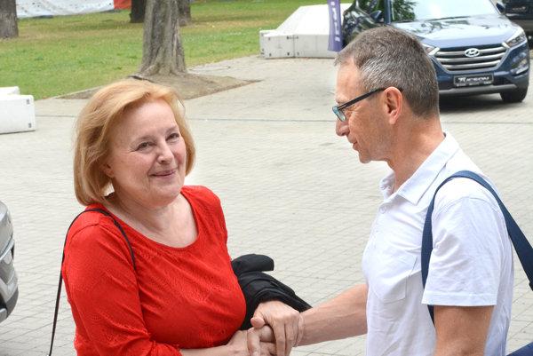 Podarilo sa! Umeleckému šéfovi Art Filmu Petrovi Nágelovi dalo zabrať, kým Magdu Vášáryovú prehovoril, aby cenu prijala.