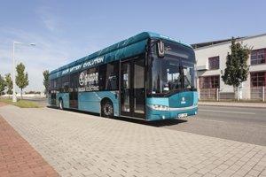 Elektrobus by mali predstaviť verejnosti piatok o 10.00 h pred mestským úradom.