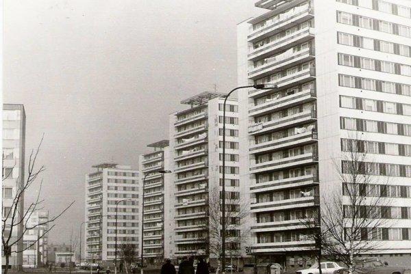"""Počas stavebného rozmachu mesta vznikli aj sídliská """"Efko"""", Východ aJuh."""