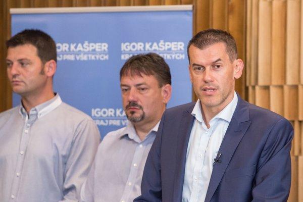 Igora  Kašpera prišiel podporiť aj exprimátor Banskej Bystrice Peter Gogola, či starosta Hronseka M. Ostrihoň