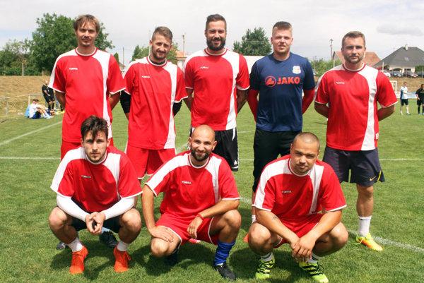 Prvenstvo z minulého ročníka obhajovalo mužstvo Geis. Nastúpili zaň o.i. Patrik Hipp, Marek Dubeň či Matúš Turan.