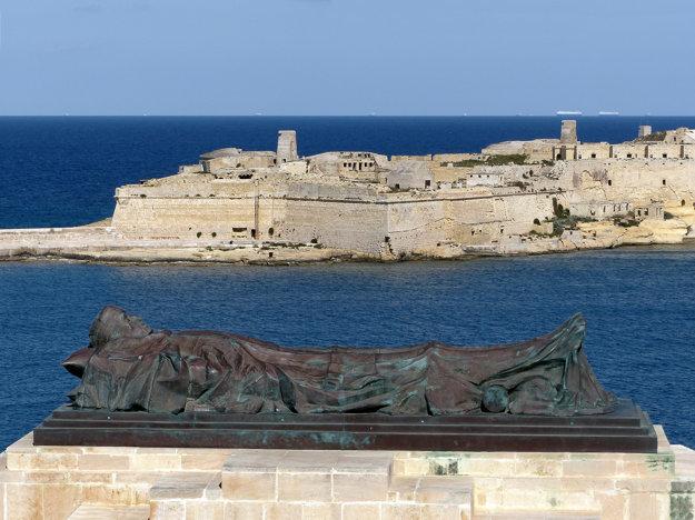Malta dýcha hrdosťou rytierov.
