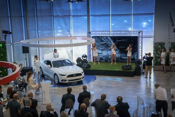 Otvorenie predajne FordStore na Zlatých pieskoch.