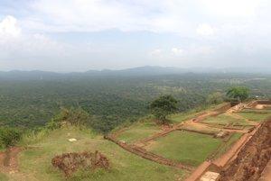 Srí Lanka a zoznámenie sa s Áziou (Cestopis)