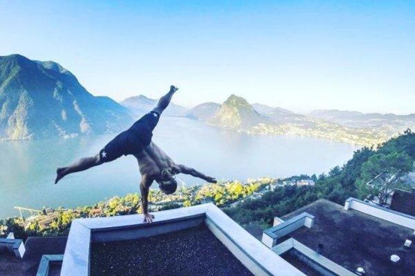 Handbalancing vo švajčiarskomLugane.