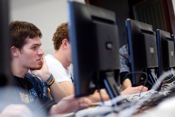 Pre mnohých sú weby obcí a miest zdrojom informácií.