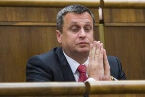 Danko je podľa mňa neskúsený amatér, tvrdí politológ Grigorij Mesežnikov.