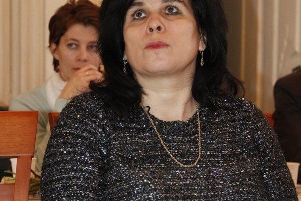 Klaudia Ivanovičová odísť ani napriek výzvam nemieni.