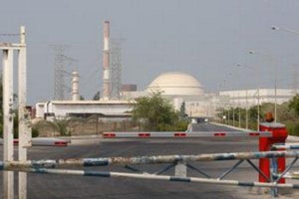 Atómová elektráreň v iránskom meste Búšehr pri Perzskom zálive.