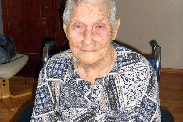 Alžbeta Šepeľáková. Oslávila 105 rokov.