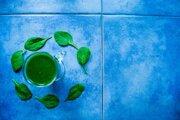 Luteín, ktorý nájdete v špenáte alebo zimnej kapuste, ochráni mozog pred starnutím.