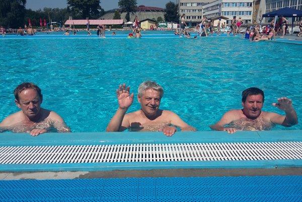 Relax v bazéne.