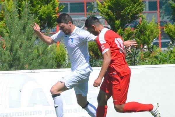 Milan Vajagič strelil prvé dva góly Fomatu.