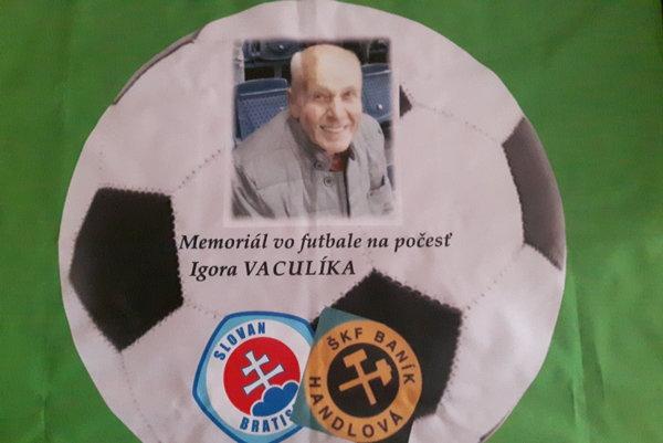 Fandil Slovanu ahlavne Handlovej. Igor Vaculík miloval okrem futbalu rodinu.