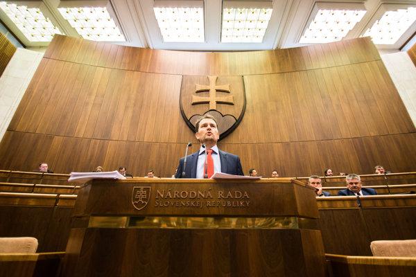 Na prípad upozornil koncom apríla tohto roka opozičný poslanec Igor Matovič.
